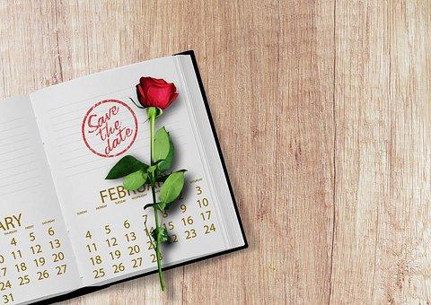 kalendarz książkowy personalizowany