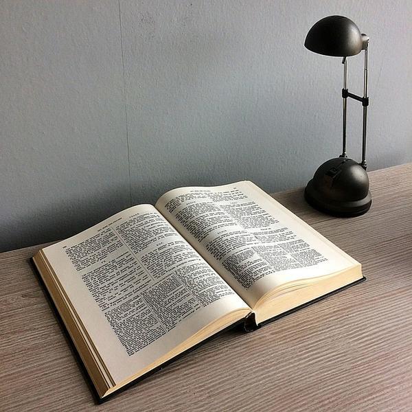 lampy nowoczesne do gabinetu